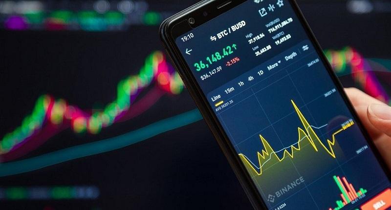Trading pair BTC BUSD at Bitiq trading app on mobile